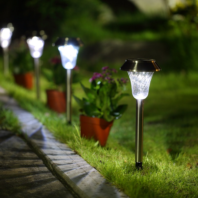 stainless steel solar LED path light with swirled plastic lens 6 pack