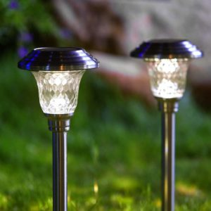 Hosus 4pk solar landscape light, solar pathway light