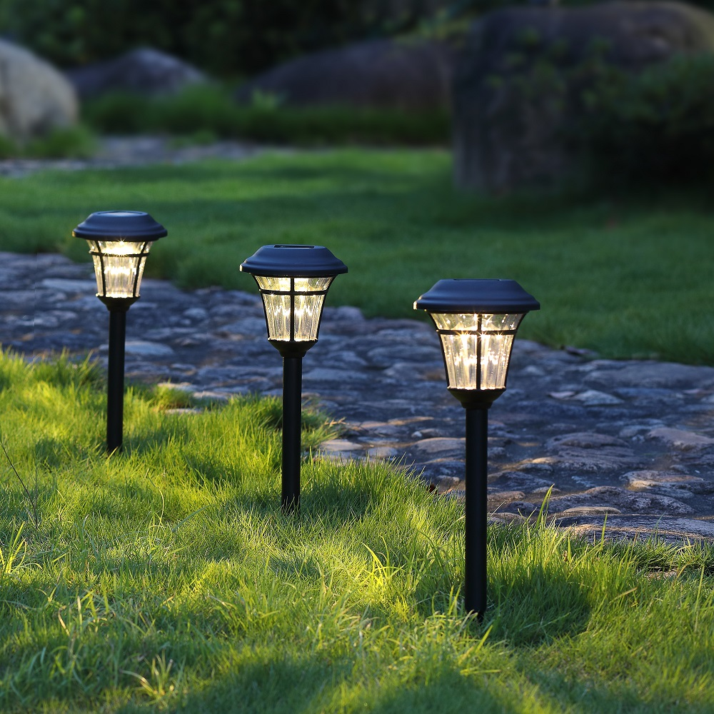 Hosus Solar Outdoor Landscape Pathway Light Set Of 4 With Gl Lens