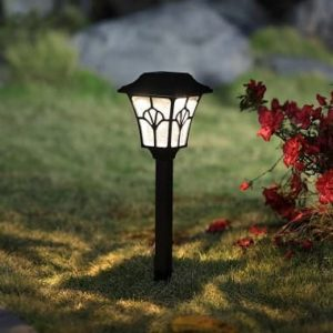 Solar Ginkgo biloba landscape path light with crackle glass bronze finish2