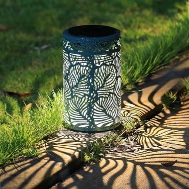 solar lantern 3 380x380