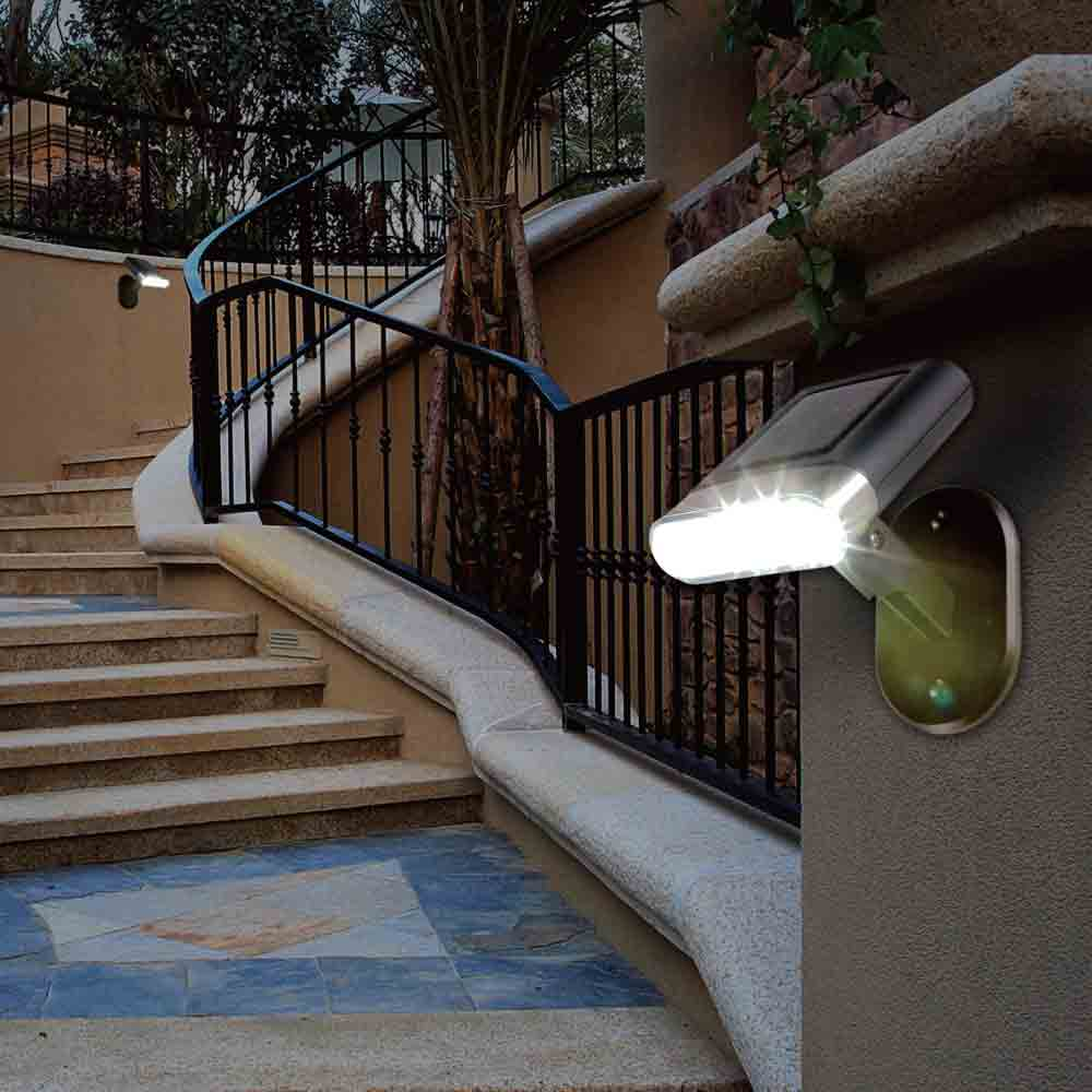 solar-flat-spot-light-wall-mount1